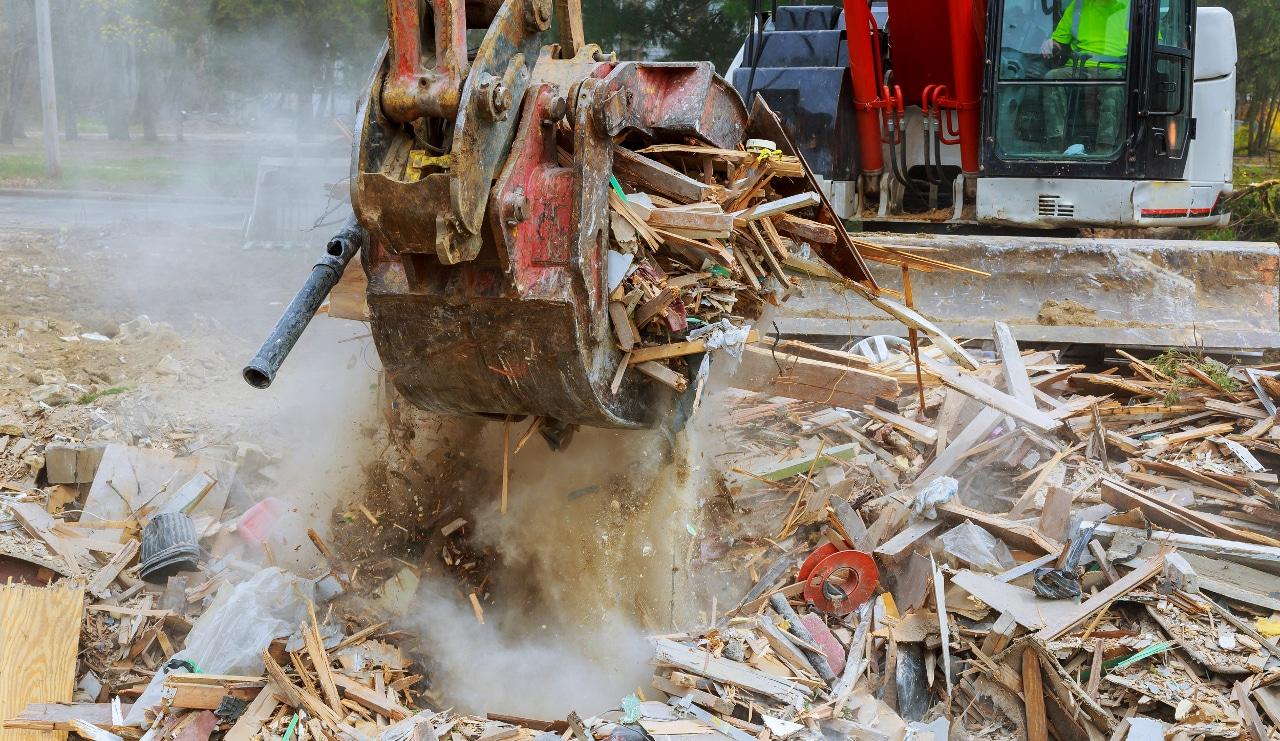 Sinistres sur un chantier et assurance construction